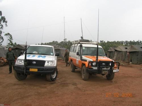 Toyota Hilux va Land Cruiser - thien than hay ac quy?-Hinh-2