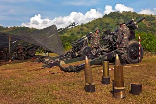 Quan doi Philippines het sach dan phao 105mm?