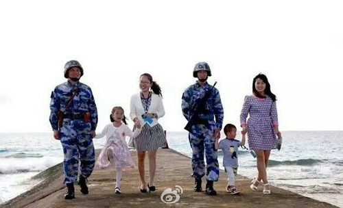 TQ dua trai phep vo con binh linh ra Da Chu Thap-Hinh-6
