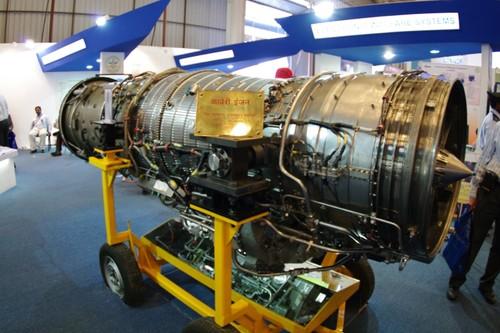 Che dong co Nga, An Do dung hang noi cho Su-30MKI