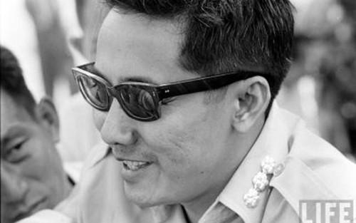 Bo tu tinh bao huyen thoai cua Viet Nam: Pham Ngoc Thao (2)