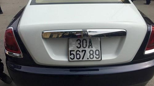 "Rolls-Royce Wraith moi ve Viet Nam da ""ruoc"" bien so sieu khung-Hinh-3"
