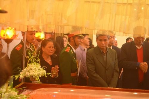 12h45 trua nay, ong Nguyen Ba Thanh se duoc an tang