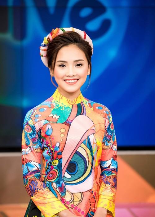 Nguyen Thi Loan, Minh Quan, To Nhu bat mi ke hoach don Tet-Hinh-3