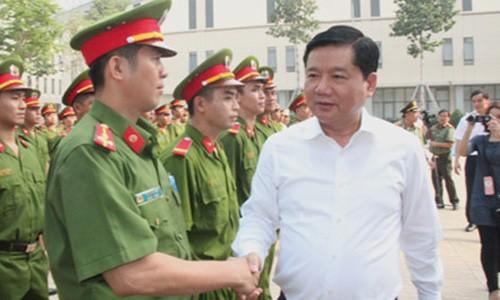 TPHCM ra mat luc luong Canh sat Hinh su dac nhiem tran ap toi pham