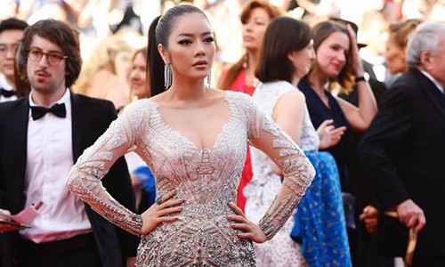Ly Nha Ky to bi nguoi khac mao danh lay ve du Cannes 2017