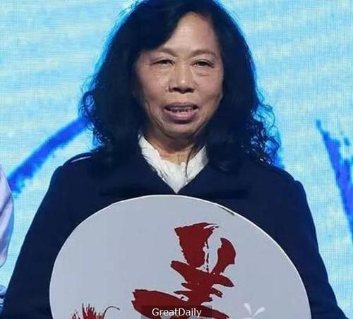 """Bac gai xau xi"" trong phim Chau Tinh Tri ngay cang noi tieng-Hinh-3"