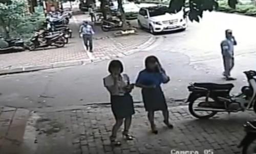 """PCT quan Thanh Xuan noi ve viec """"goi cong an ra trong xe de an bun""""-Hinh-3"""