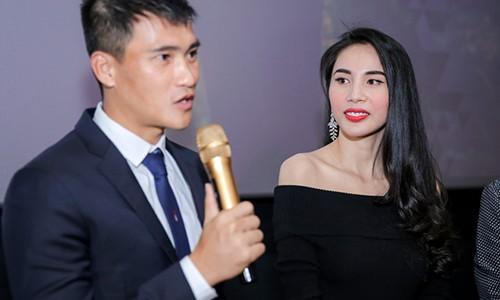 Tiet lo chuyen it biet ve hon nhan cua Thuy Tien - Cong Vinh-Hinh-4