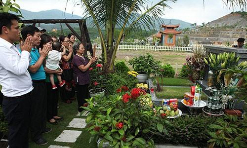 "Bao hieu mua le Vu Lan: Mua ""so do"" nghia trang tang bo me-Hinh-5"