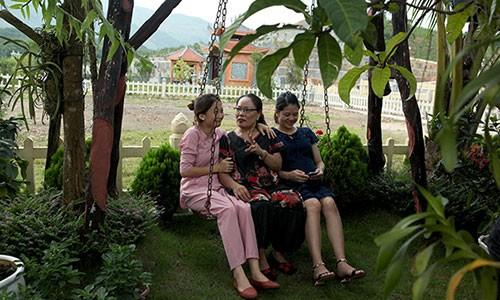 "Bao hieu mua le Vu Lan: Mua ""so do"" nghia trang tang bo me-Hinh-6"