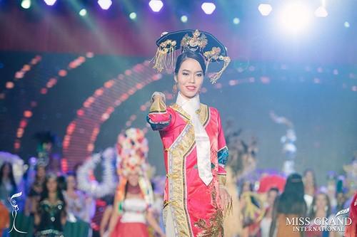 Het hon nhan sac Lan Khue phien ban loi thi Miss Grand International-Hinh-2