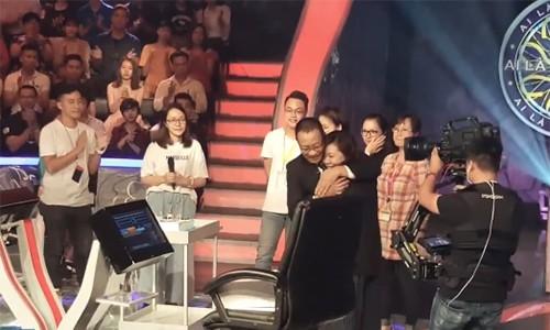 "MC Lai Van Sam xuc dong chia tay ""Ai la trieu phu""-Hinh-2"