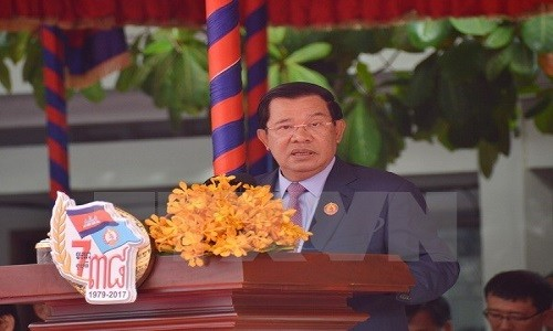 Thu tuong Campuchia Hun Sen bat ngo nhap vien tai Singapore