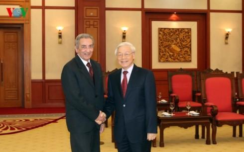 Tong Bi thu Nguyen Phu Trong tiep Doan dai bieu Dang Cong san Cuba-Hinh-2