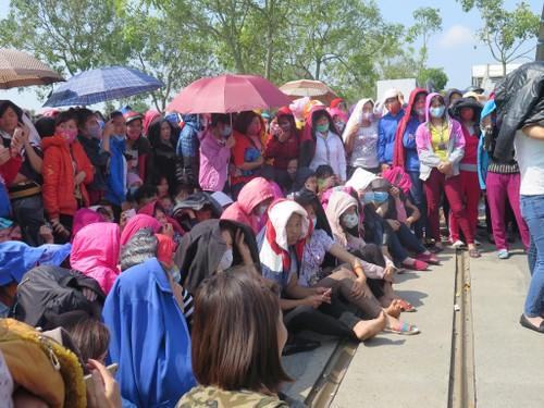 Hai Duong: Hang nghin cong nhan Cong ty Namyang Delta dinh cong
