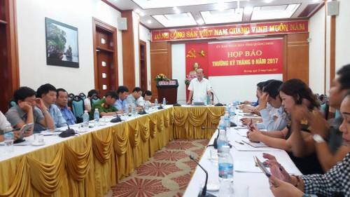 """Vi sao doi tuong 81 tuoi o Quang Ninh chi bi khoi to toi """"dam o tre em""""?"""
