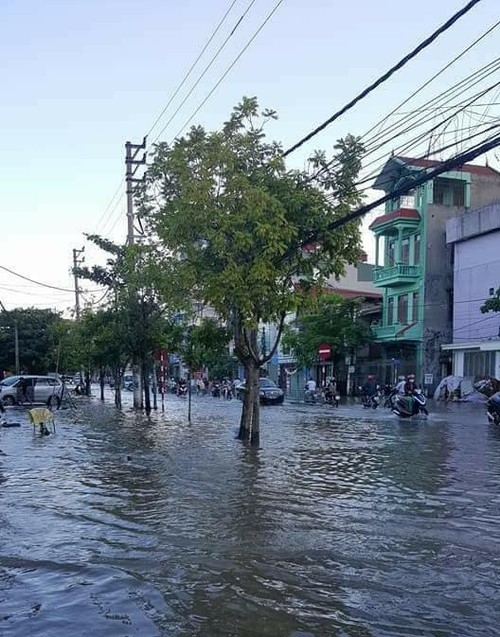 """""""Voi rong"""" quet qua Thai Binh khien hang nhieu nha toc mai-Hinh-6"""