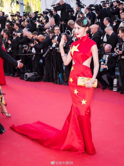 Sao TQ mac vay quoc ky quet dat o Cannes cui dau xin loi-Hinh-3