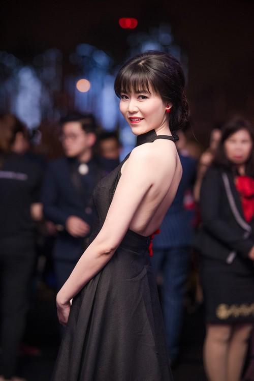 Hoa hau Thu Thuy bi to tung cuop chong chua cuoi cua em ho-Hinh-2
