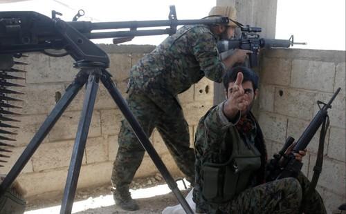 SDF da mat hon 1.000 tay sung o thanh pho Raqqa?