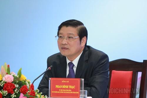 Ong Trac dieu hanh Ban Noi chinh TU thay ong Nguyen Ba Thanh