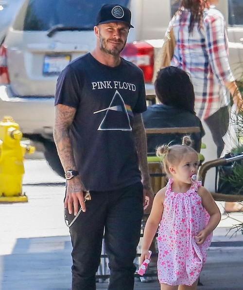 David Beckham tuc gian vi con gai Harper bi chi trich