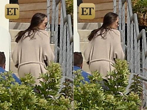 Angelina Jolie lan dau tien xuat hien sau ly hon
