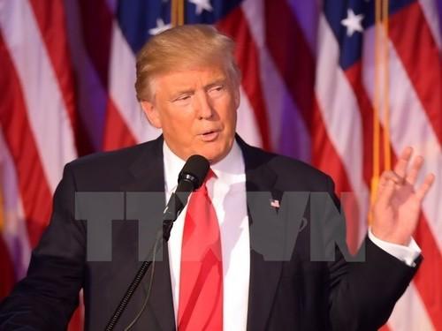 TT Donald Trump cho cac tuong 30 ngay len ke hoach danh bai IS