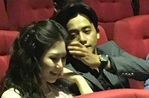 """Thay giao lang tu trong MV """"Em gai mua"""" tinh tu ben Huong Tram-Hinh-3"""