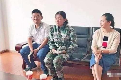 Chuyen la hom nay: Gai tre lam xuoc xe sang va bat ngo phut chot-Hinh-4