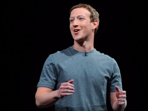 """Mark Zuckerberg: """"CEO can phai hoc cach bo qua cai toi""""-Hinh-2"""