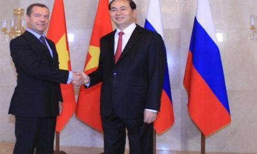 Chu tich nuoc Tran Dai Quang hoi kien Thu tuong Nga Medvedev