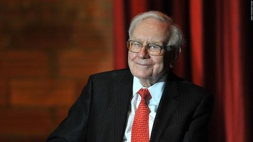 "Ty phu Warren Buffett: ""Danh tieng mat 20 nam de xay dung"""