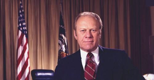 "Tong thong Gerald Ford: ""Noi that, lam cham chi va an toi dung gio""-Hinh-2"