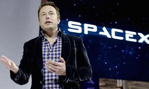 "Elon Musk ""tien tri"" ve Chien tranh the gioi 3 the nao?"