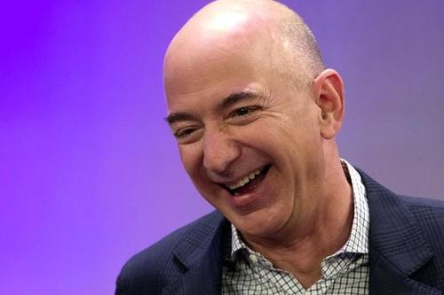 "Ty phu Jeff Bezos: ""Hay tim ra diem manh cua chinh minh"""