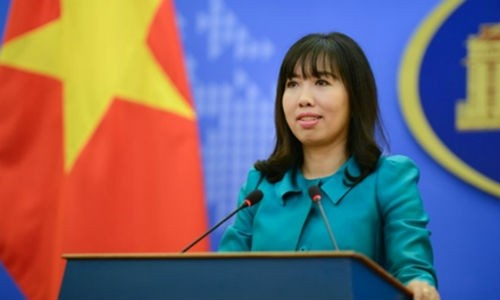 "Bo Ngoai giao Viet Nam len tieng ve phim ""Chien tranh Viet Nam"""