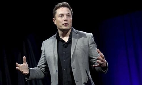Elon Musk: ''Dua con nguoi di bat cu dau duoi 1 gio''