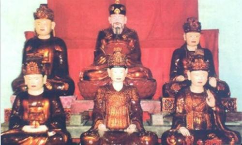 Le Than Tong: Ong vua dau tien lay nguoi chau Au lam vuong phi-Hinh-2