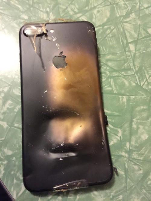 Sieu pham iPhone 7 lien tiep dinh phot tu khi ra mat-Hinh-2