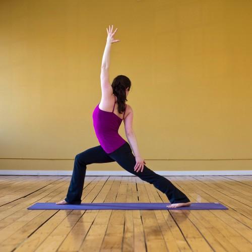 Detox co the tu nhung bai tap yoga don gian-Hinh-2