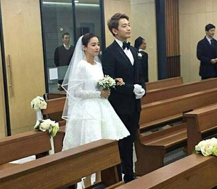 Sau dam cuoi voi Bi Rain, Kim Tea Hee muon sinh doi-Hinh-3