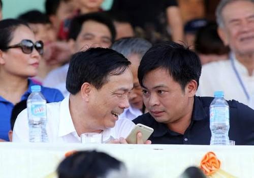 Bau Phuong FLC Thanh Hoa: Tay mo bong da, sat thu tinh truong