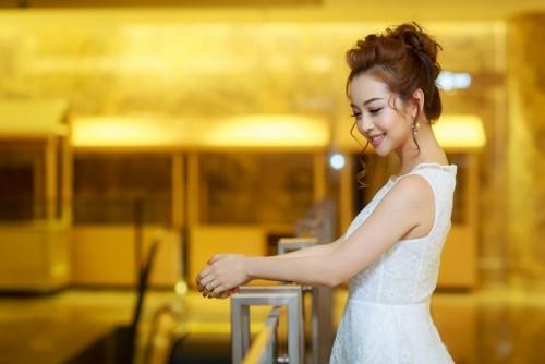 Sau khi sinh con thu 3, Jennifer Pham ngay cang quyen ru-Hinh-5