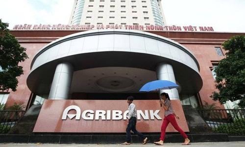 Agribank Cam Duong gui hang chuc ty con 1 trieu, Agribank con scandal nao khac?