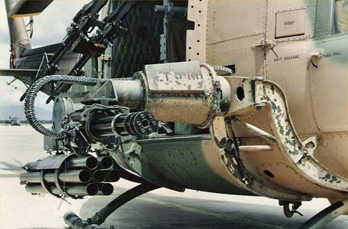 Khong quan ND Viet Nam dung truc thang UH-1 the nao?-Hinh-2
