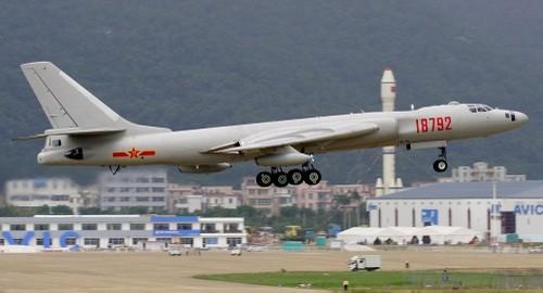 May bay nem bom H-6K Trung Quoc lam My run so
