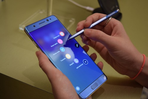 Samsung yeu cau tat ca doi tac ngung ban Galaxy Note 7