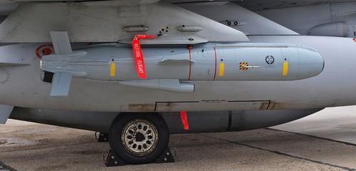 Viet Nam mua ten lua ban xa 250km cua Israel cho Su-30MK2?